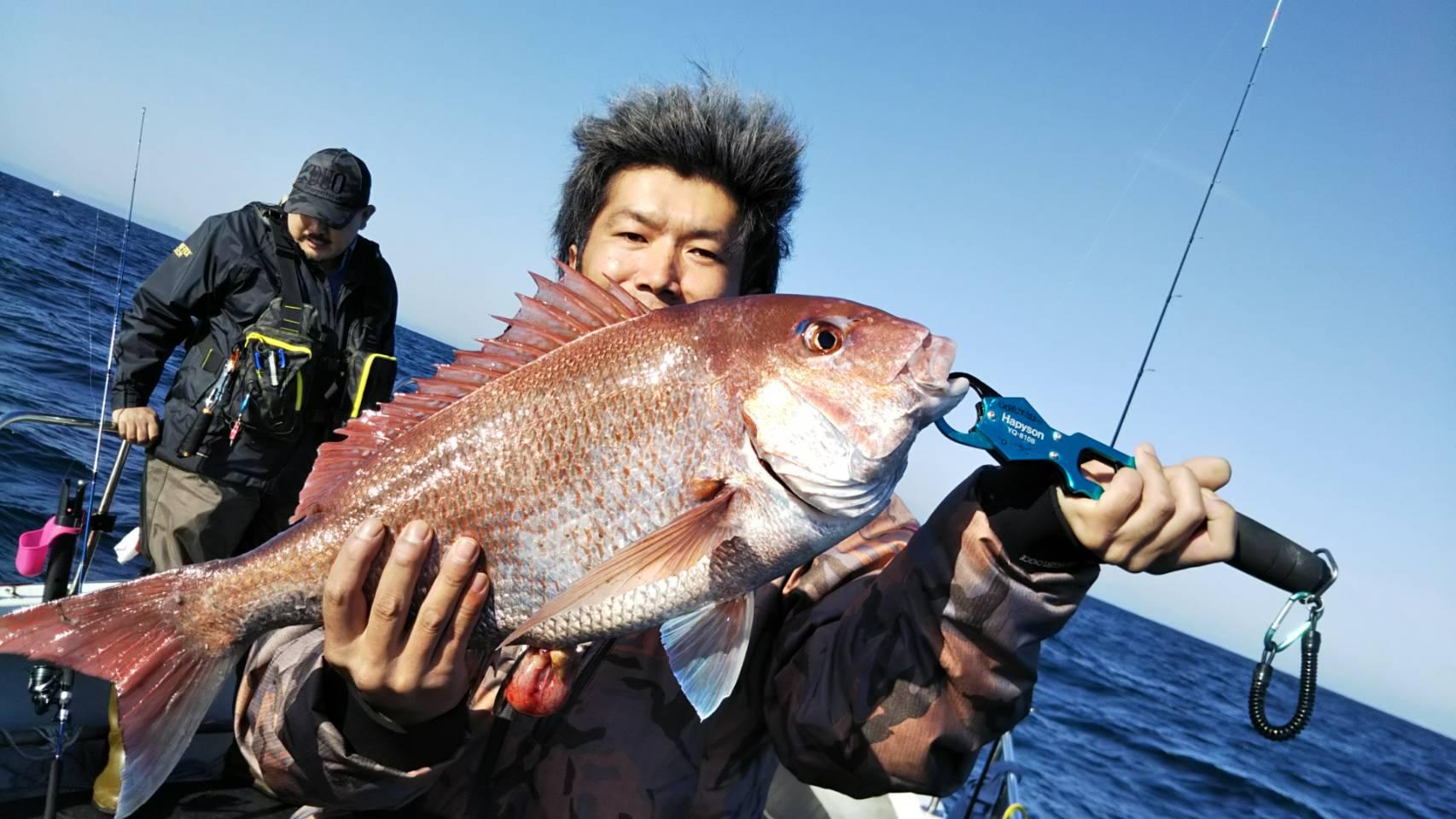 ジギング青物と赤物真鯛のダブル本命|宮城の釣り船オーシャンズラボ